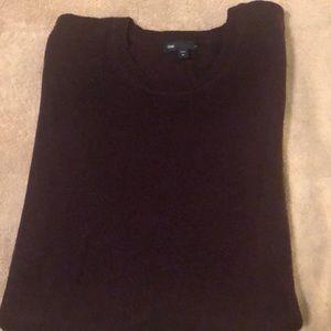 Long sleeved dark purple gap sweater